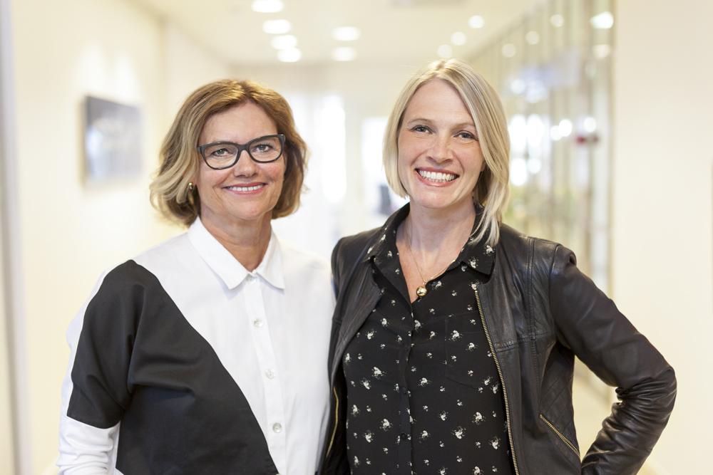 Eva Dahl, medicinsk chef och Maria Holmqvist Tångefjord, medicinskt ansvarig för onkologi. Foto: Solna Fotostudio