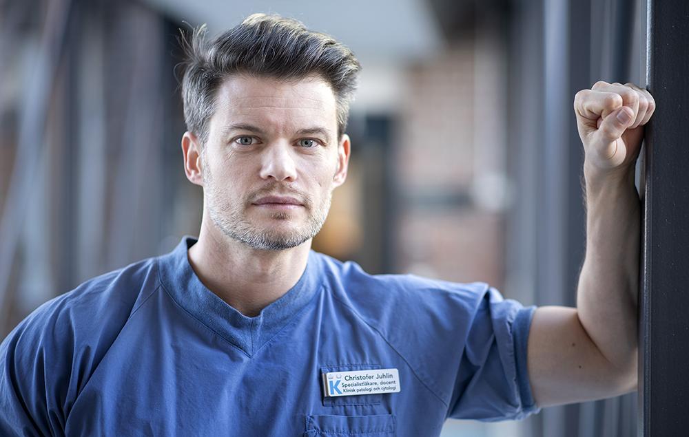 Christofer Juhlin, specialistläkare och docent vid Karolinska institutet.