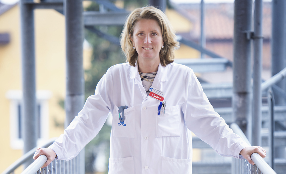 Anna Martling, professor vid Karolinska Institutet samt överläkare och kolorektalkirurg inom Tema Cancer vid Karolinska Universitetssjukhuset.